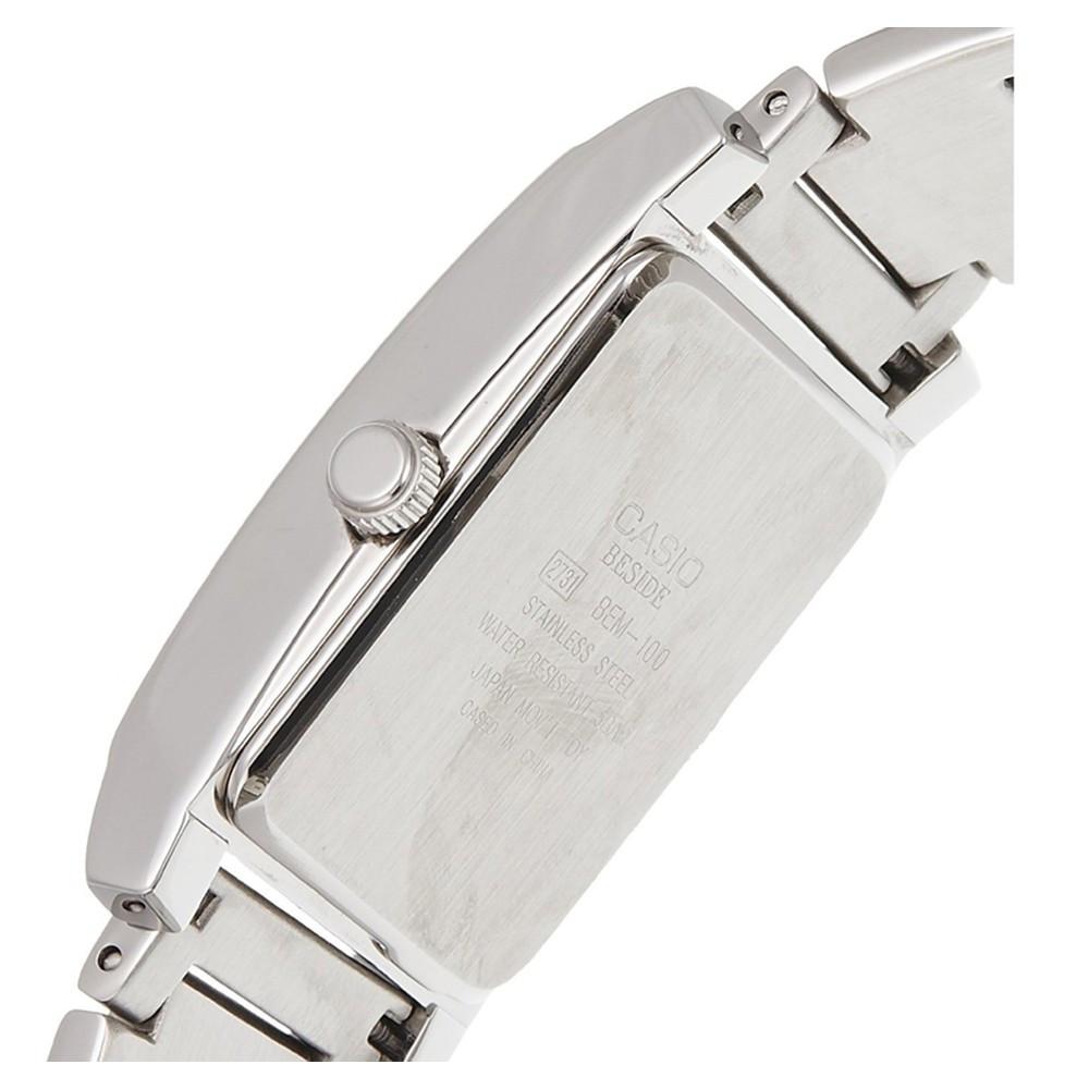 693a43c82b0 Relógio Casio BEM-100D-7A3 - Resistência à água até 50m